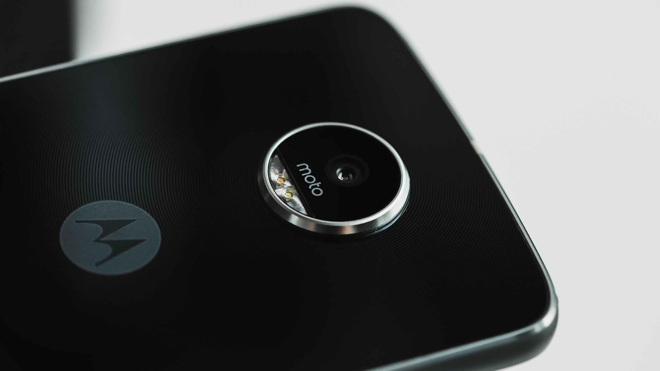 موتورولا تكشف عن هاتفها Moto X4 2017 | بوابة الموبايلات