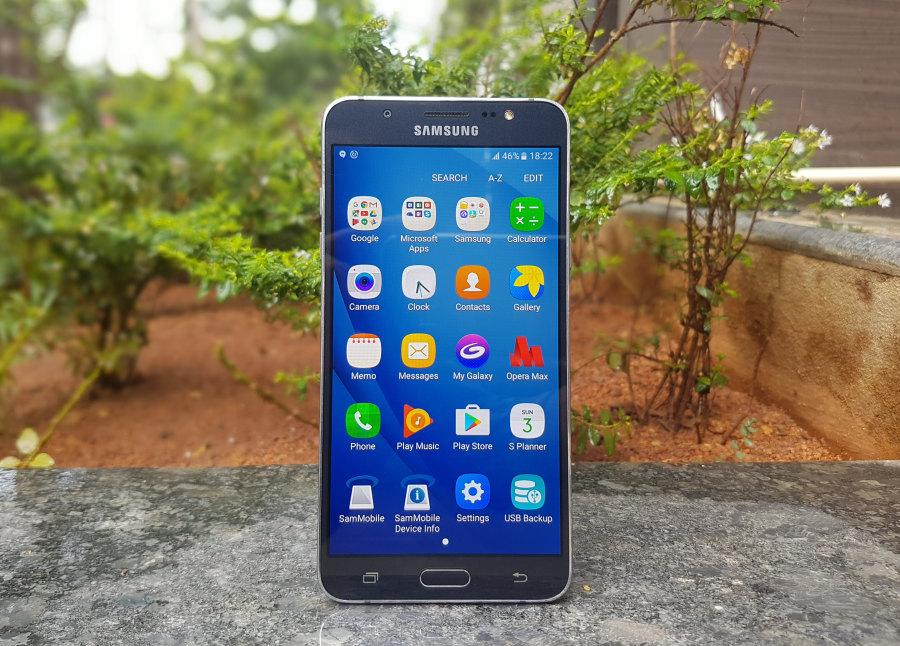 تعرف على الفرق بين هاتف Galaxy J7 إصدار 2016 و 2017