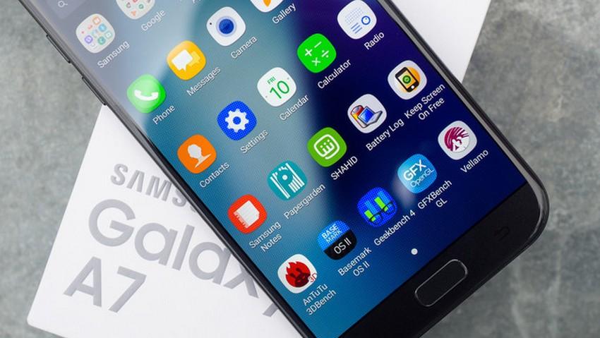 مميزات هاتف Galaxy A7