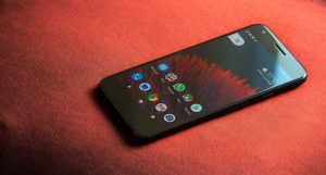 شاشة هاتفي Google Pixel XL و Pixel 2 XL