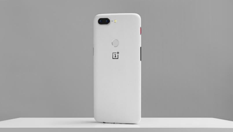 بيع النسخة الحجرية الرملية البيضاء من هاتف Oneplus 5T في ساعتين فقط