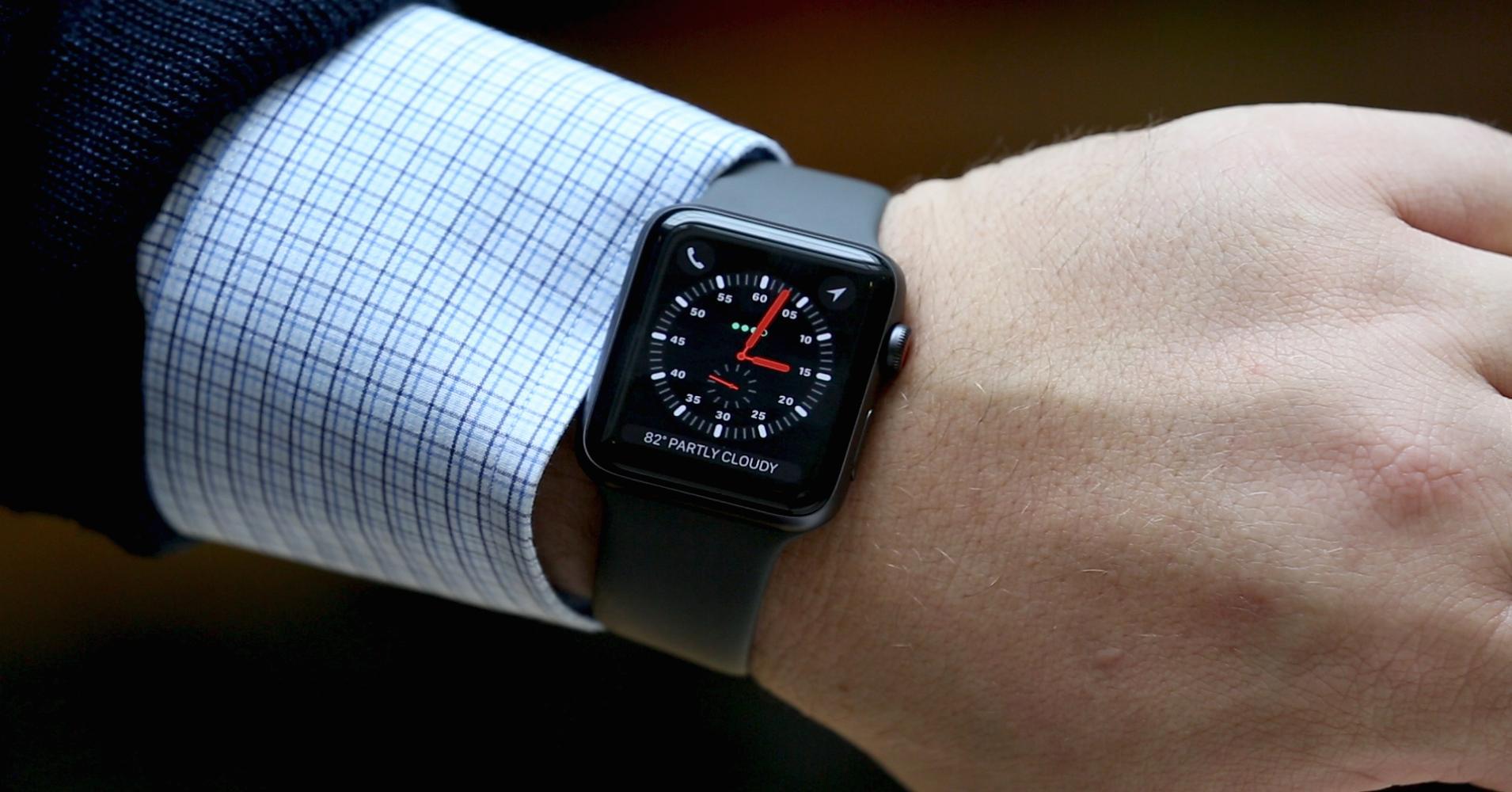 دليلك للمقارنة بين الساعات الذكية الأفضل في الأسواق