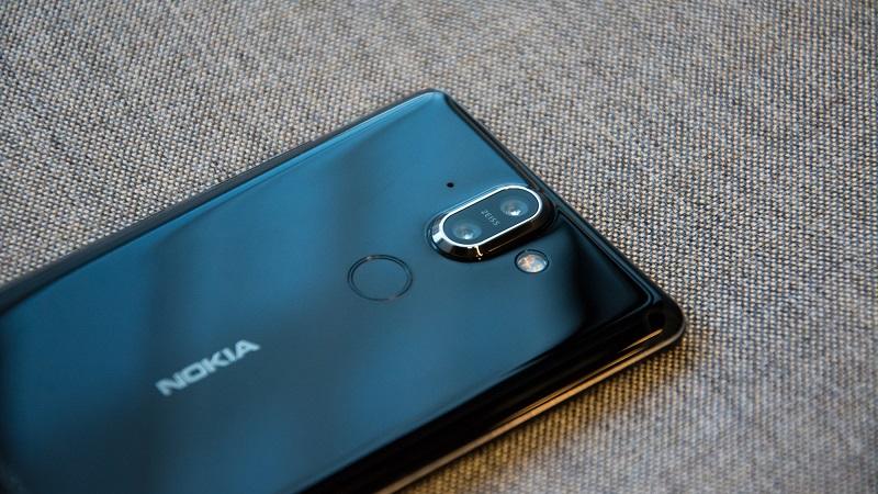 المراجعة الكاملة لهاتف نوكيا الجديد Nokia 8 Sirocco المعلن عنه في MWC 2018