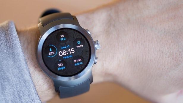 أسعار ومواصفات أفضل الساعات الذكية من LG