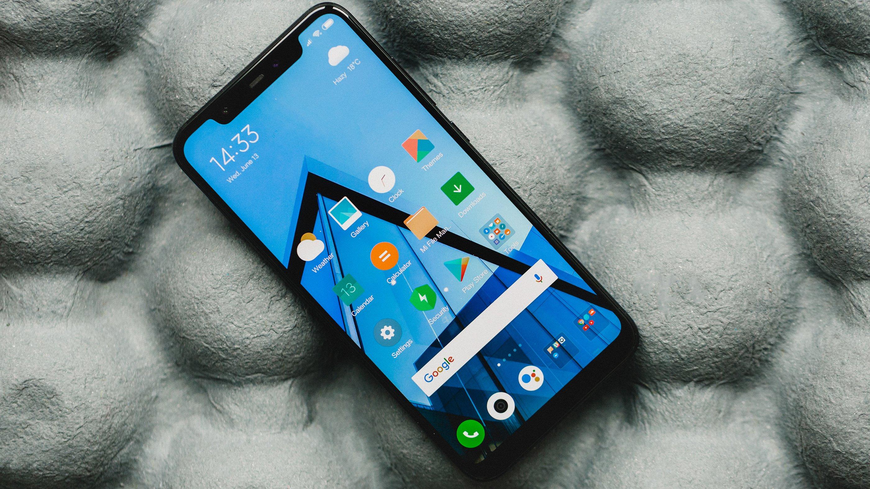 المقارنة الشاملة بين الهاتفين المميزين Xiaomi Mi 8 وHuawei Nova 3
