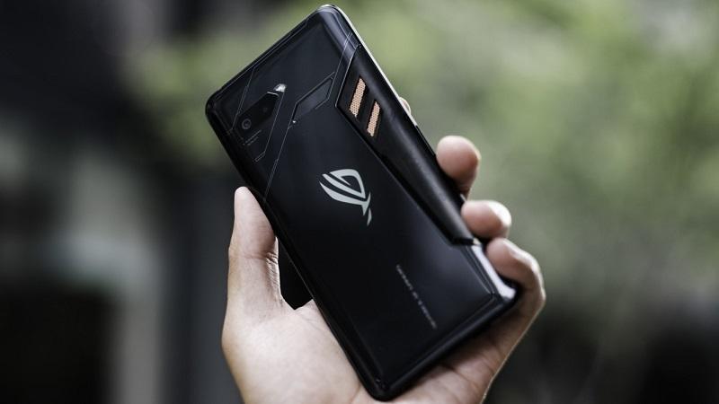 أسوس تطلق في الأسواق هاتف Asus ROG Phone المنافس الأول لـ Razer Phone