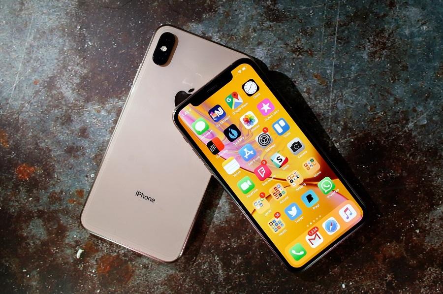 الأقوى لعام 2018 ... مقارنة بين هاتف Samsung Galaxy Note 9 وهاتف Huawei Mate 20 Pro وهاتف iPhone XS Max