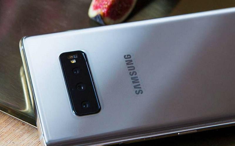 نظرة على تسريبات تصميم الهاتف الرائد المقبل Samsung Galaxy S10 Plus