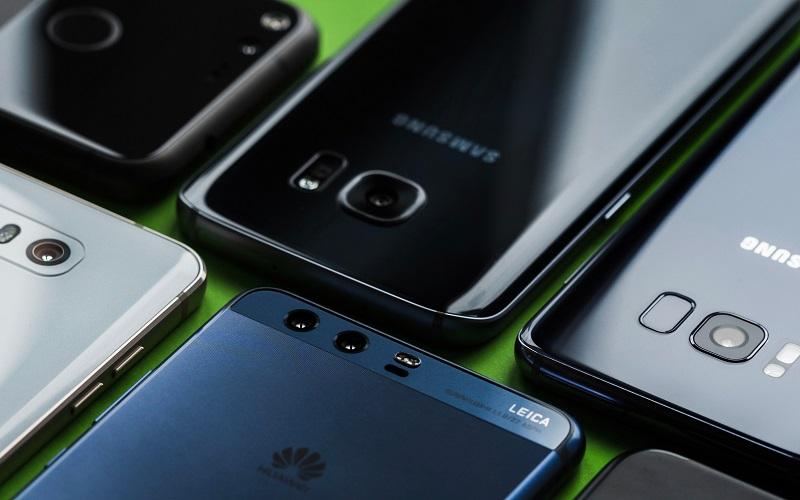 أسعار أكثر 10 هواتف ذكية مبيعًا