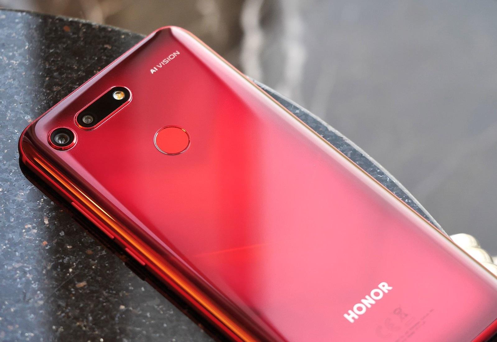 بعد الكشف عنه رسميًا تعرف على مراجعتنا لأفضل هواتف الكاميرات Honor View 20
