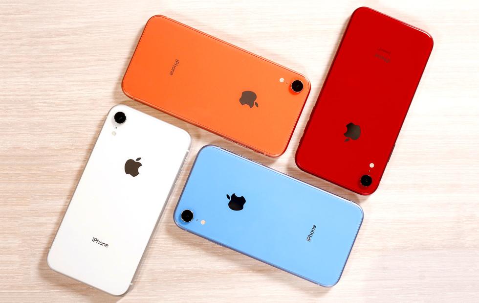 استمرارًا لأزمة Apple ... انخفاض مبيعات iPhone بنسبة 15٪ خلال الربع الماضي