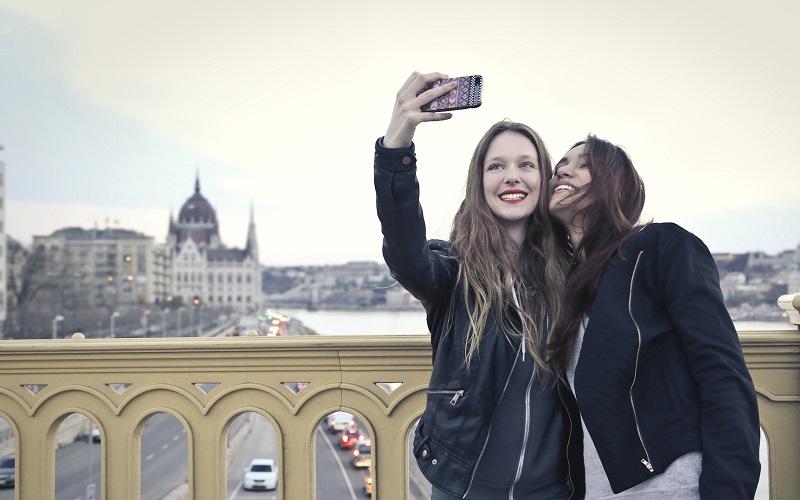 أفضل كاميرات السيلفي ... أفضل هواتف الكاميرا الأمامية طبقًا لاختبارات DXoMark