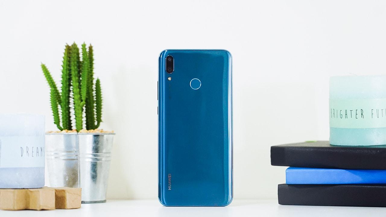 المقارنة الكاملة بين هاتف Huawei Y9 2019 وهاتف Huawei Y9 2019