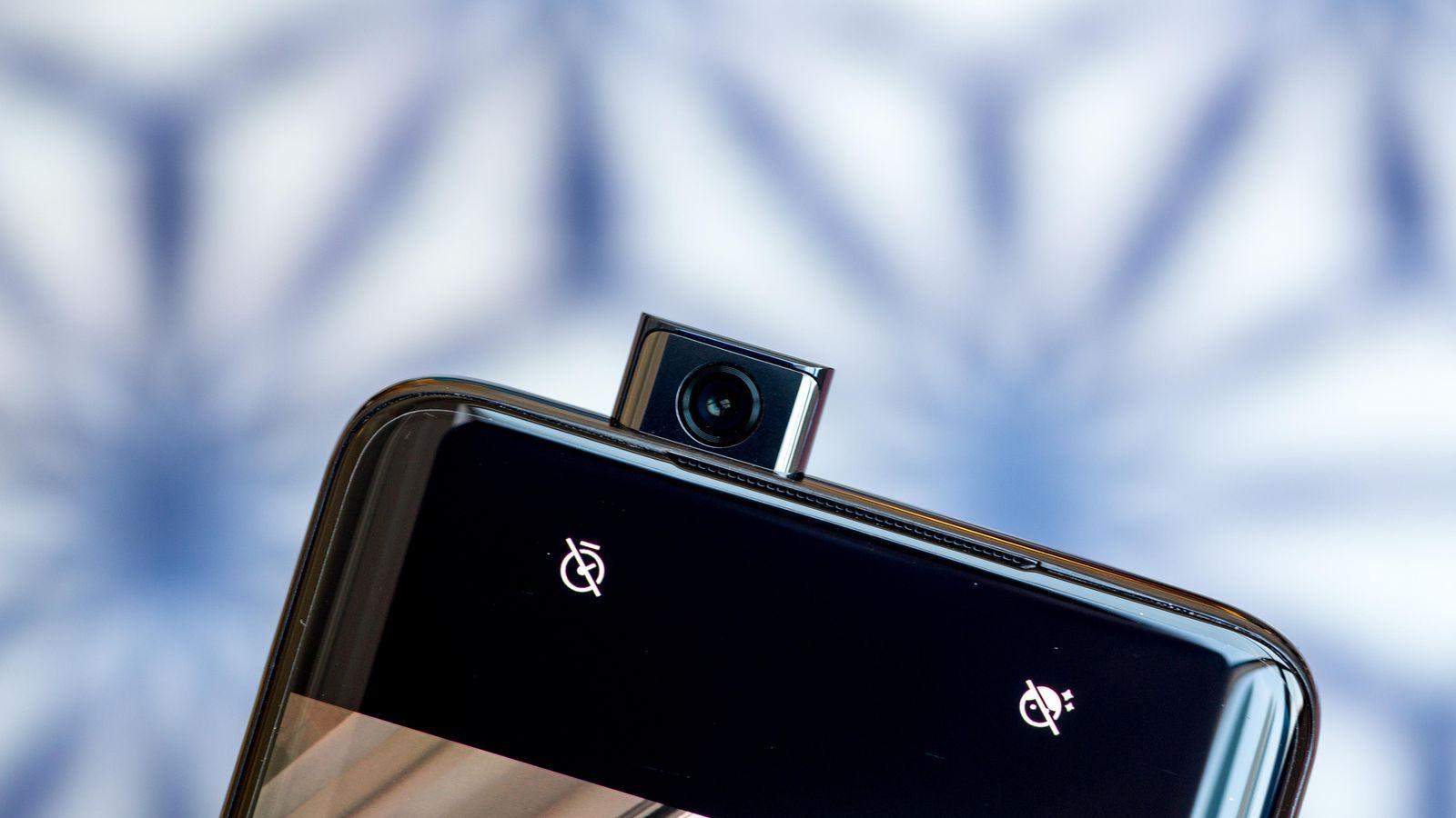 هل هاتف OnePlus 7 Pro هو الأفضل حاليًا في العالم من بين الهواتف الرائدة