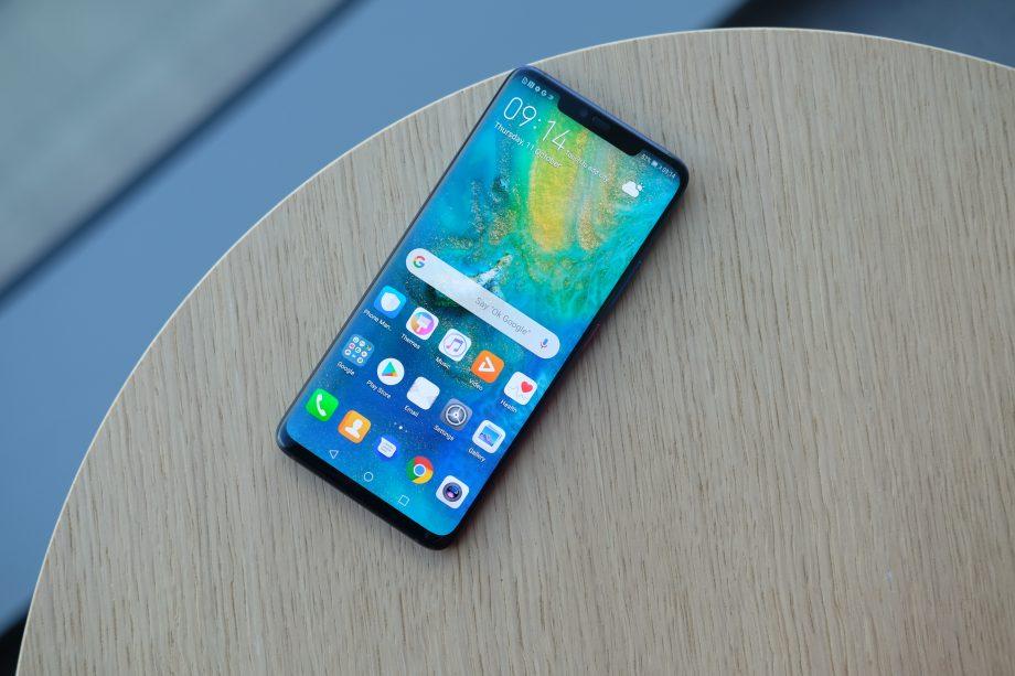أي الهواتف هو الأفضل في تصميم الشاشة الكاملة والتعامل مع الكاميرا الأمامية