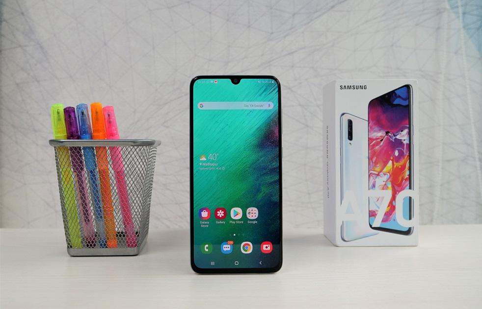 المقارنة الكاملة بين هاتف Samsung Galaxy A70 وبين هاتف Samsung Galaxy A60